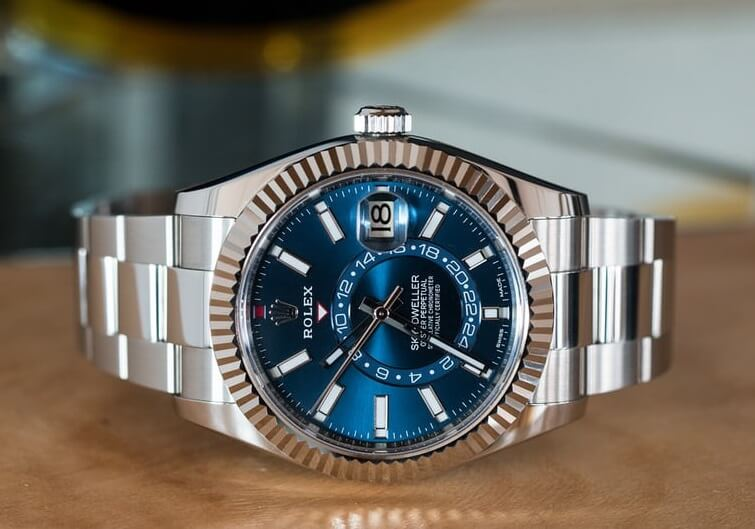 Rolex Sky-Dweller 326934 In Steel