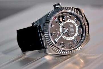 AAA Replica Rolex Sky-Dweller with ring Bezel