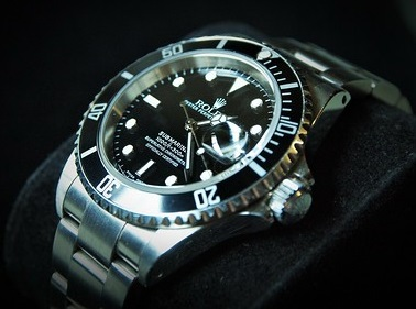 imitation Rolex Submariner with 60-minute rotating bezels